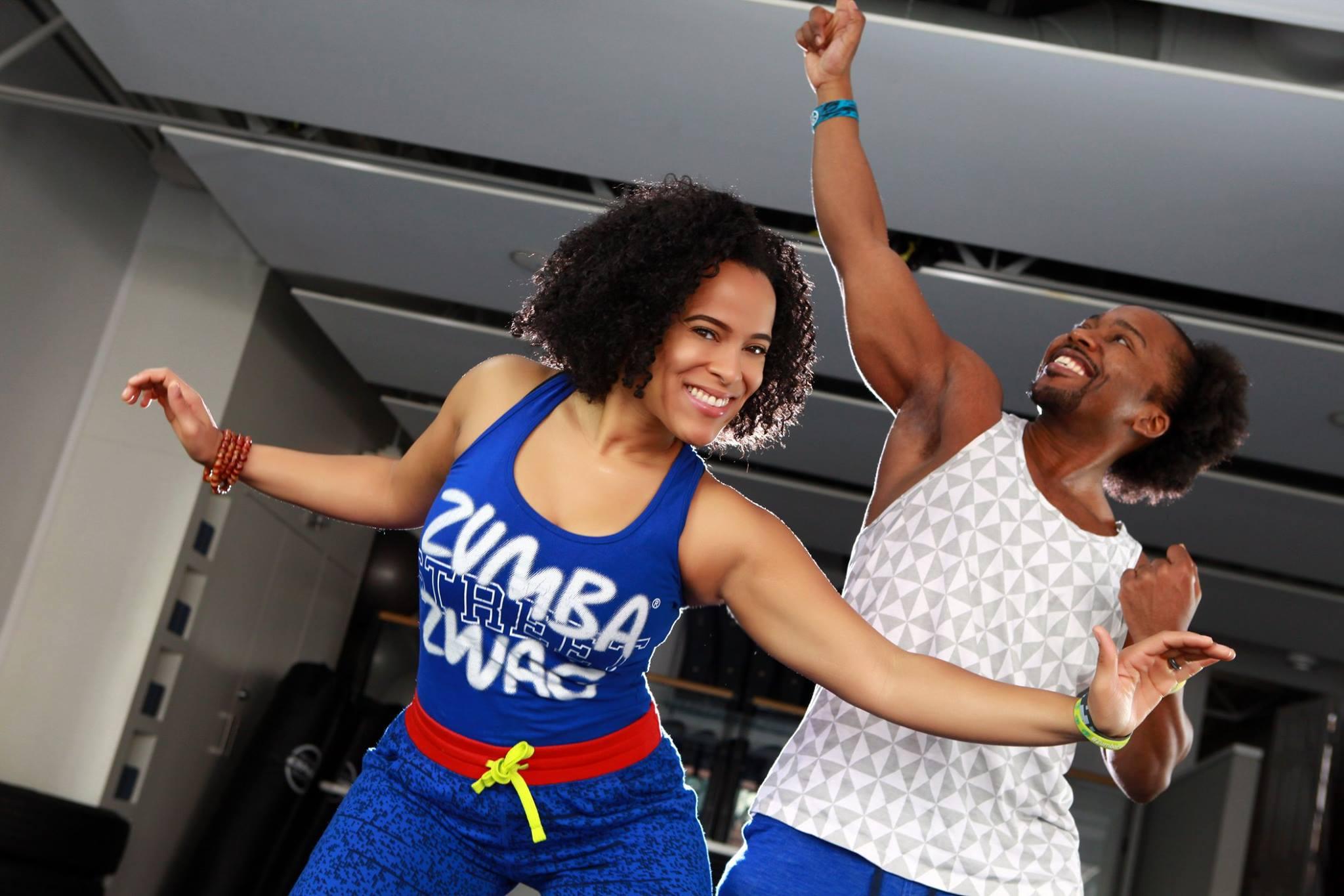 Zumba lizy zumba fitness classes victoria bc for Mirror zumba